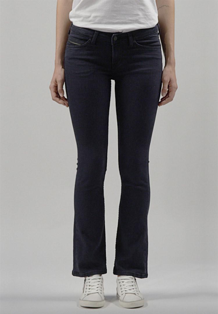 Mode und Schuhe online kaufen bei MUSTANG Jeans