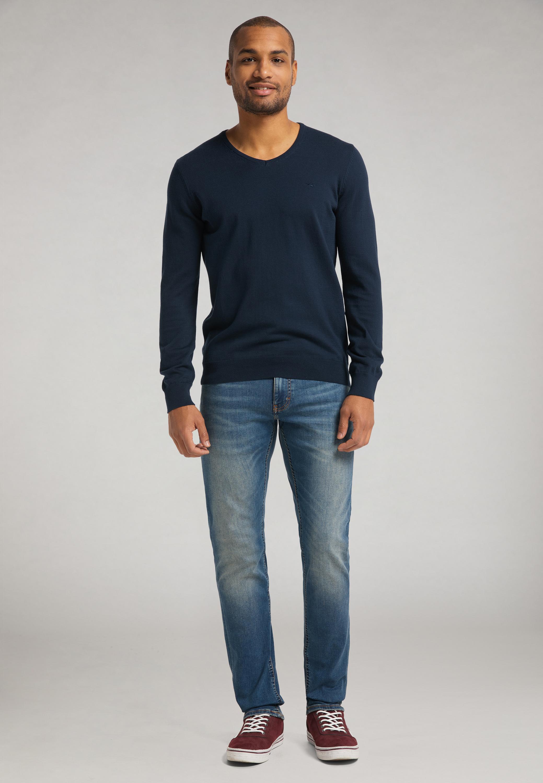 Klassischer V-Neck Pullover
