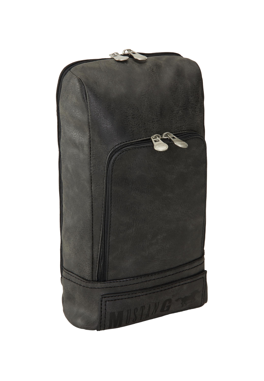 Umhängetasche im Backpackstil