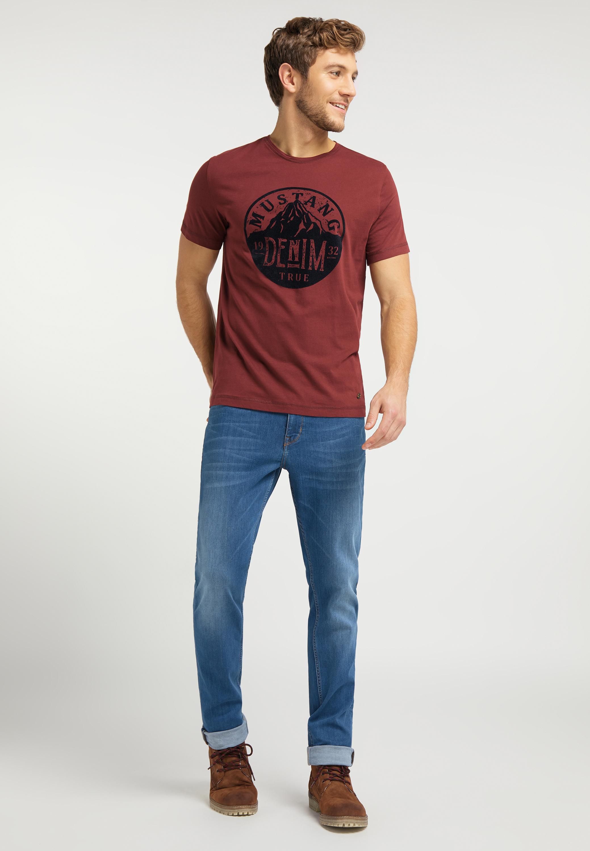 T Shirt mit Chestprint